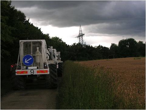 "die ""große"" Seismik Vibratoren-Trucks Vibroseis Tiefenseismik"